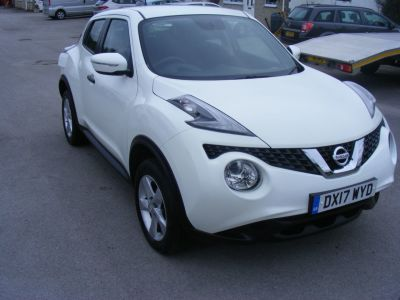 Nissan Juke 1.5 JUKE VISIA DCI Hatchback Diesel White at J and J Motors Doncaster