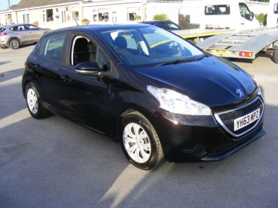 Peugeot 2008 1.4 hdi Hatchback Diesel black at J and J Motors Doncaster