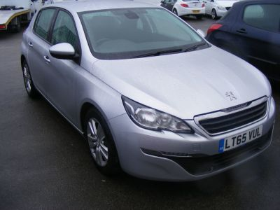 Peugeot 308 1.6 BLUE HDI S/S ACTIVE Hatchback Diesel Silver at J and J Motors Doncaster
